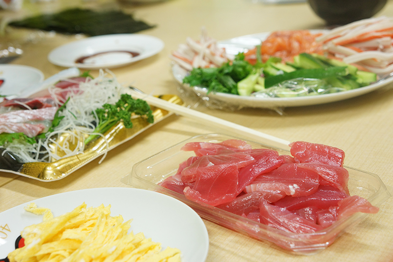 寿司 卵 巻き 手